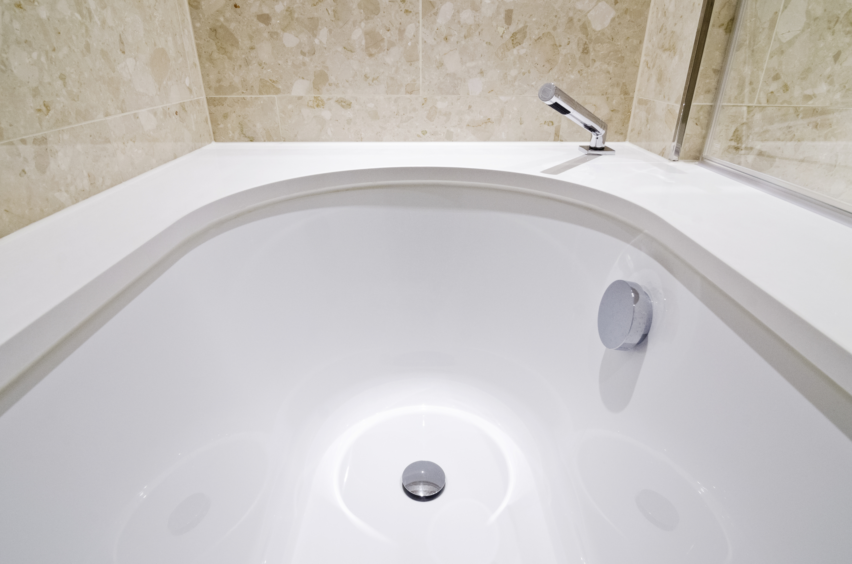 how to clean bath tub
